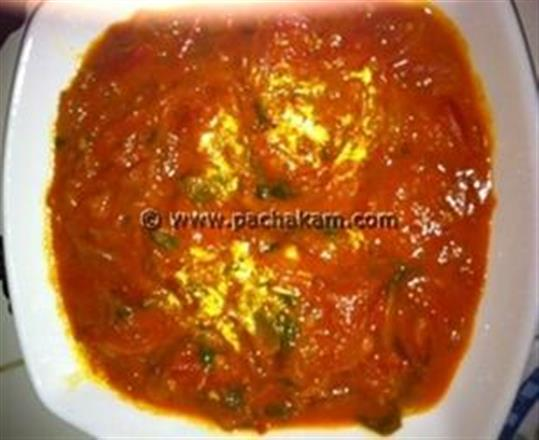 Easy Tomato Curry (Thakkali Curry)