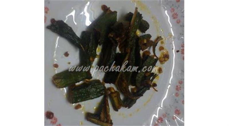 Easy And Spicy Vendakka Fry