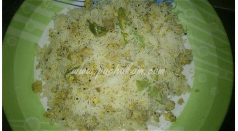 Idiyappam Egg Upma (Step By Step Photos) | Pachakam