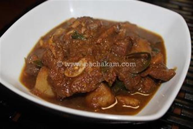 Malabar Mutton Curry With Diced Potatoes | Pachakam