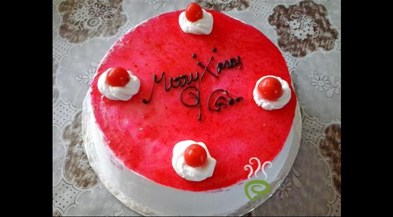 Easy Strawberry Cake - New Year Special Recipe