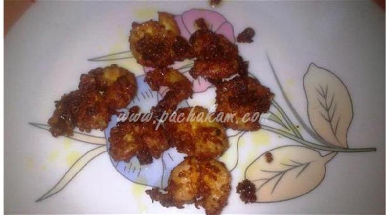 Sesame Powder Prawn Fry