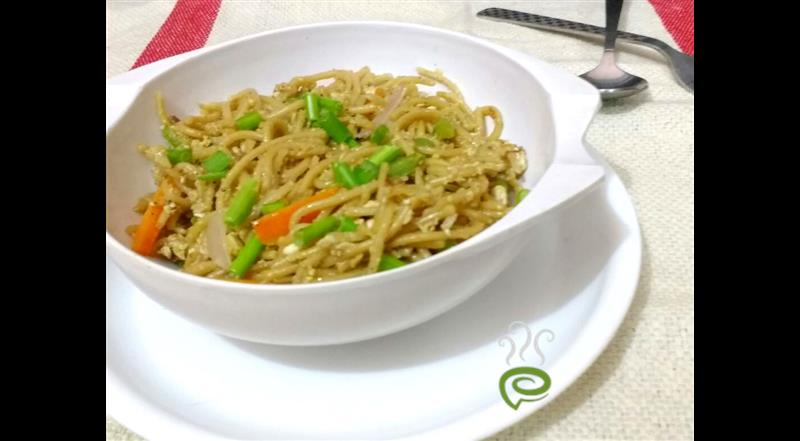 Spicy Carrot Hakka Noodles