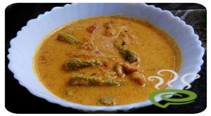 Chemmeen Muringakka Curry Prawn With Drumstick Curry