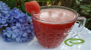 Fresh Watermelon Juice With Cardamom