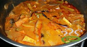 Mixed-Vegetable-Curry-Easy
